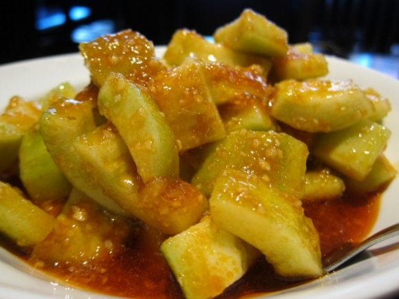 SSPNY loved Han Dynasty's spicy crispy cucumbers, which had a wonderful touch of garlic thrown in the mix.