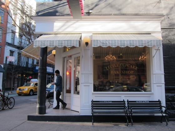 SSPNY heads to their newest neighborhood in the Stone Street Properties family in Nolita to check out first-rate bakery the Little Cupcake Bakeshop on the corner of Prince and Mott, in an area great for living, eating, shopping, and being on the go!