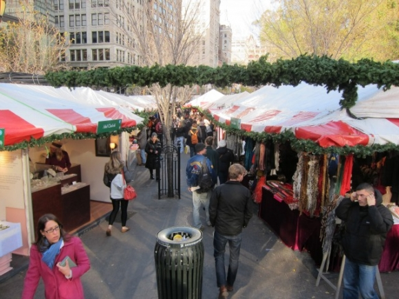 SSPNY stops by the most crowded and always consistent pop-up outdoor Holiday Markets, the Union Square Holiday Market this 2012 giving us all 5 good reasons to go