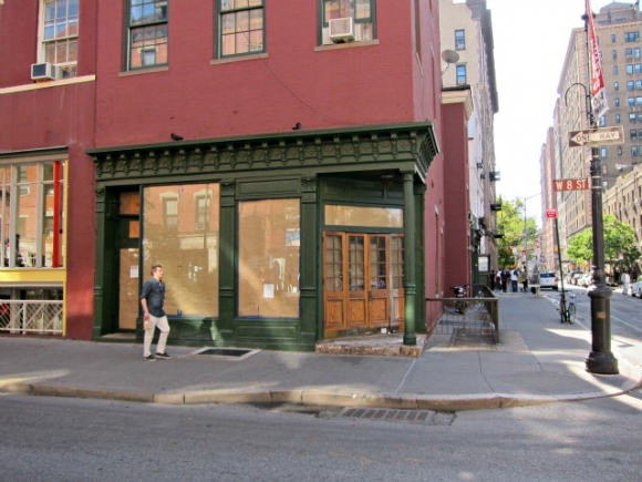 Next to the Textile Arts Center and Growler Station and going up early next year is Stumptown Roasters cafe on the corner of 8th Street and MacDougal Street